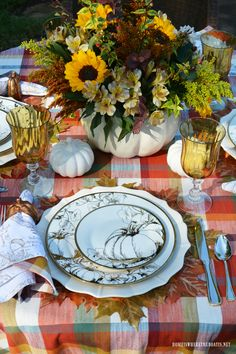 A Summer-to-Fall Transitional Table and a Pumpkin Tureen Centerpiece Fall Table Settings, Thanksgiving Table Settings, Beautiful Table Settings, Thanksgiving Tablescapes, Thanksgiving Decorations, Table Decorations, Thanksgiving Dinnerware, Thanksgiving Favors, Holiday Decorations