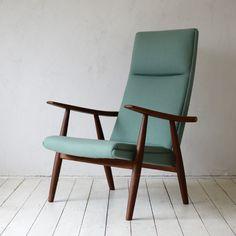 Hans J.Wegner GE-260  Easy Chair D-601D155B | greeniche