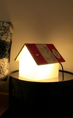 This book rest lamp is perfect for any reader who loves reading before bed.