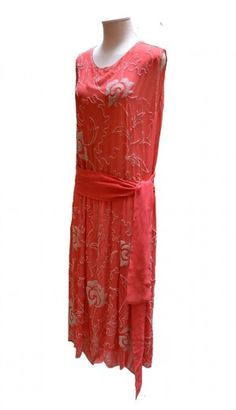 20's-30s dress from the collection of Loretta Caponi, founder of the eponymous Florentine atelier.