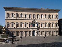 The Palazzo Farnese, Rome (1534-1545). Designed by Antonio da Sangallo (1485-1546) and Michelangelo Buonarroti (1475-1564). Renaissance Architecture via Wikipedia.org