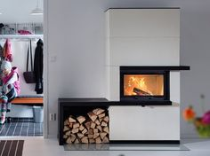 Wood burning, multi-fuel & gas stoves Glasgow at Stove World Glasgow. We stock Charnwood & Contura stoves with live displays in our Glasgow stove showroom. Fireplace Inserts, Open Fires, Gas Stove, Fireplace Design, Wood Burning, Glasgow, Modern Design, Entryway, Living Room