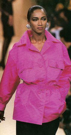 1990 - YSL show - Katoucha in pink saharienne