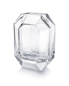 Shop the chic Octogone Flower Vase by Baccarat, a decorative, clear crystal floral vase with diamond, geometric cuts, a luxe modern home decor accent. Baccarat Crystal, Crystal Glassware, Waterford Crystal, Crystal Wall, Clear Crystal, Crystal Flower, Silver Swan, France Art, National Symbols