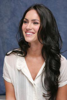 someday i will have megan fox hair *plz grow faster...*