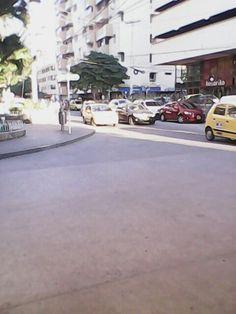 Calles El Rodadero Santa Marta - Colombia.   www.youtube.com/user/sancarlos903 www.facebook.com/RodaderoSantaMartaApartamentos http://twitter.com/RSMApartamentos - http://plus.google.com/+Rodaderosantamartaapartamentos-RSMA/posts - http://www.linkedin.com/company/apartamentossantamartarodadero http://rsmaalquilervacacional.tumblr.com/ #Rodadero #SantaMarta #Hotel #Turismo #Alojamiento #Alquiler #Arriendo #Colombia #ParqueTayrona