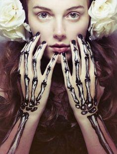 manos esqueletos