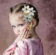 Adoro quem tem paciência para me ouvir....  Mas amo quem me escuta quando eu não falo!!!