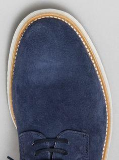 Nevac shoe / by Be Positive