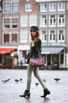 PreppyFashionist Virgit and her pretty Maria's bag!
