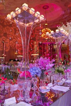 EXTRAVAGANT WEDDING RECEPTIONS | Extravagant Table Display Photo By Michael Gallitelli