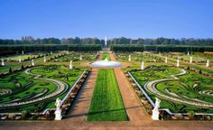 Information Dose: Royal Gardens of Herrenhausen http://informationdose.blogspot.com/2014/02/royal-gardens-of-herrenhausen.html