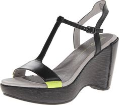 Jambu Women's Glamour Wedge Sandal * Check out the image by visiting the link.
