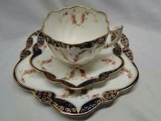 Love the unique saucer shape :) China Cups And Saucers, China Tea Cups, Teapots And Cups, Tea Strainer, Tea Service, Coffee Set, My Tea, Tea Cup Saucer, Drinking Tea