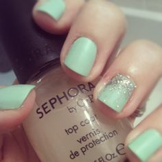 #matte #nails with #glitter.