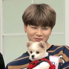 Jimin with animals kills me every time...ITS TO CUTE