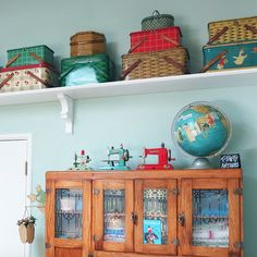 One can never have too many picnic tins!