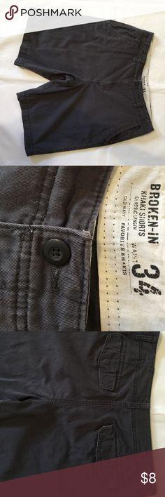 Men's Short/Broken-In Size 34, 100% Cotton, good condition Shorts Cargos