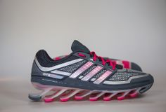 Nieuw bij Run2Day: adidas SpringBlade   Run2Day - Maakt hardlopen nog leuker