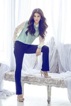 LIZA SOBERANO for kashieca Filipina Actress, Filipina Beauty, Beautiful Asian Girls, Beautiful People, Fashion Pants, Fashion Models, Lisa Soberano, Filipino Girl, Cute Beauty