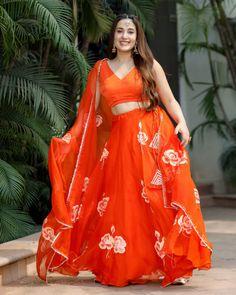 Lehenga Top, Orange Lehenga, Lehenga Pattern, Bridal Lehenga Collection, Desi Wear, Girls Image, Pink Tops, Indian Wear, Types Of Sleeves