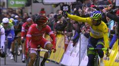 Bouhanni n'a rien voulu lâcher à Matthews... et il a été déclassé : la vidéo du sprint Paris-Nice - Bouhanni n'a rien voulu lâcher à Matthews... et il a été déclassé : la vidéo du sprint - PARIS-NICE - Nacer Bouhanni (Cofidis) et Michael Matthews (Orica)...