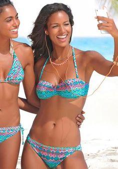 #BUFFALO #Damen #Bandeau #Bikini #türkis / #grün / #pink Im trendigen Druckdesign. Top mit herausnehmbaren Cups und seitlichen Stäbchen für einen guten Halt. Abnehmbare Träger, im Nacken zu binden. Top im Rücken zu schließen.