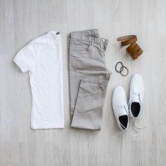 Minimal Outfit Ideas for men. Follow @capsulewardrobemen . . . #mensfashion #outfitgrid #flatlay #vscogrid
