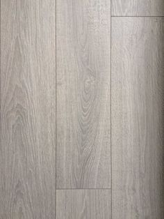 I have 13 boxes left of lovely 12mm Scandinavian oak laminate wood flooring from a recent home renovation. Each box makes 1.38…