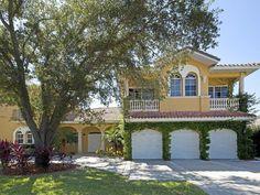 Luxurious Mediterranean Estate with private beach - HomeAway Sarasota