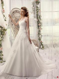 Robes de mariée Mademoiselle Amour, modèle Mlle Jacquard http://www.pronuptia.com/fr