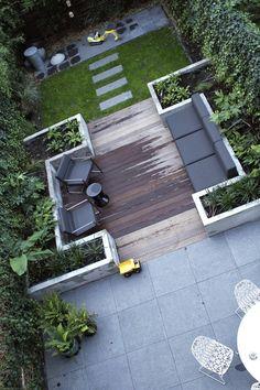 _ Landscaper landscaping