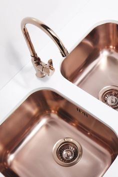48 Inspiring Copper Rose Gold Kitchen Themes Decorations - These days' people are trying out new ways to improve the all over look of their house. They are taking tips and ideas from home improvement companies.
