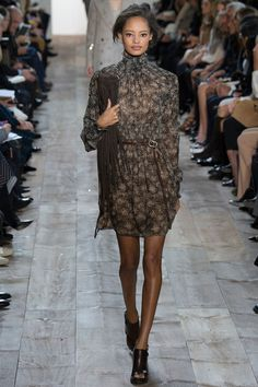 Michael Kors Fall 2014 RTW - Runway Photos - Fashion Week - Runway, Fashion Shows and Collections - Vogue News Fashion, Fashion Week, Love Fashion, Runway Fashion, Fashion Show, Fashion Looks, Review Fashion, Michael Kors 2014, Michael Kors Collection