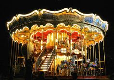 """I have a portrait of this in my room. I want to go here, its in Paris right next to the Eiffel Tower. """"Carousel De Paris"""" <3"""
