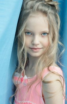 Zoya Kurzenkova - young child model from Russia