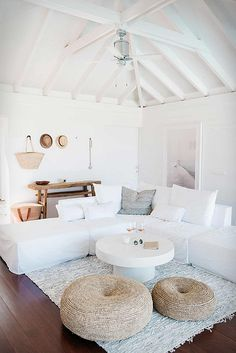 modern boho beach house inspiration. beautiful and dreamy Villa Palmier, a little touch of paradise on the Caribbean island of St. Barts.