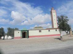 #morocco#mosque#masjid#islam Mosque, San Francisco Ferry, Morocco, Islam, Building, Travel, Viajes, Buildings, Mosques