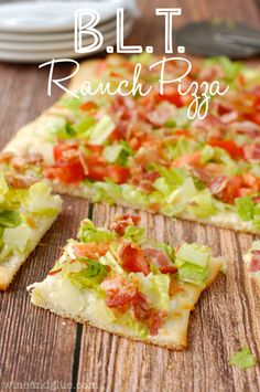 Ranch BLT Pizza | www.wineandglue.com | Ridiculously fast and easy and SUPER delicious! @Lisa (Wine & Glue)