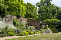 View of gardens in the south moat, Eltham Palace Eltham Palace, Palace Garden, Reading At Home, Family Days Out, English Heritage, Formal Gardens, Grand Designs, Private Garden, Change The World
