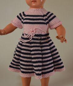 Puppenkleidung - Puppenkleid gestrickt für 38 cm Puppe - ein Designerstück von Monikas-Puppenmode bei DaWanda