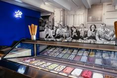Stars Ice Cream Store  Interieur Design by Esther Canisius