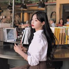 Image may contain: 1 person, sitting Ulzzang Girl, Kpop, Person Sitting, Image, Girls, House, Ideas, Toddler Girls, Daughters