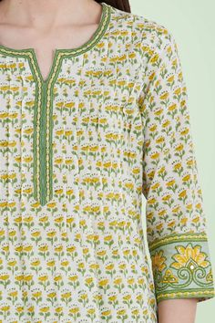 Designer Wear: Shop Designer Ethnic Wear by Farida Gupta Dress Neck Designs, Sleeve Designs, Blouse Designs, Kurti Sleeves Design, Kurta Neck Design, A Line Kurti, Saree Jackets, Kurta Patterns, Embroidery On Kurtis