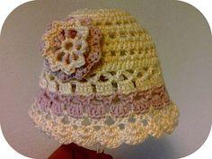 Ravelry: Summer Baby Hat + flower pattern by Ivana Lörincova Free Pattern