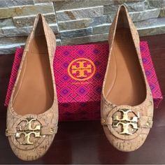 5271a377e Tory Burch Tan Aaden Wine Cork Flats Size US 10.5 Regular (M