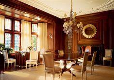 Chairs, designer Billy Baldwin. A carpet of palm fiber and cotton, Stark ~ Jeffrey Bilhuber design