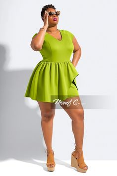 """Romper Love With Monif C.'s New Collection! http://thecurvyfashionista.com/2017/04/plus-size-romper-monif-c/  This plus size romper is a must have. Seriously!   Rompers gone """"Grown & Sexy""""? Contemporary plus size designer, Monif C. has done it again and we have the details of her newest collection!"""
