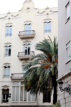 Hotsposts groen en bewust reizen - Valencia, Spanje - van de Groene Meisjes. Graag delen we onze groene adresjes in Valencia met jullie. Lees onze tips en hotspots op de website.