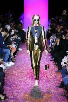 Elie Saab SS17 fashion show